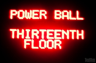 06161939-powerball-0396